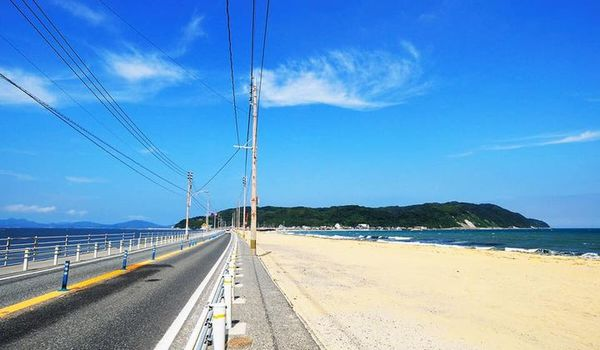 """Enjoy this month's insights into Startup City Fukuoka's seasonal attractions. Today, Jeffery Liang, a founder of Studio Treant from Taiwan tells us about Shikanoshima Island.  May: Cycling in Shikanoshima Island """"Shikanoshima Island, a blessing spot where"""